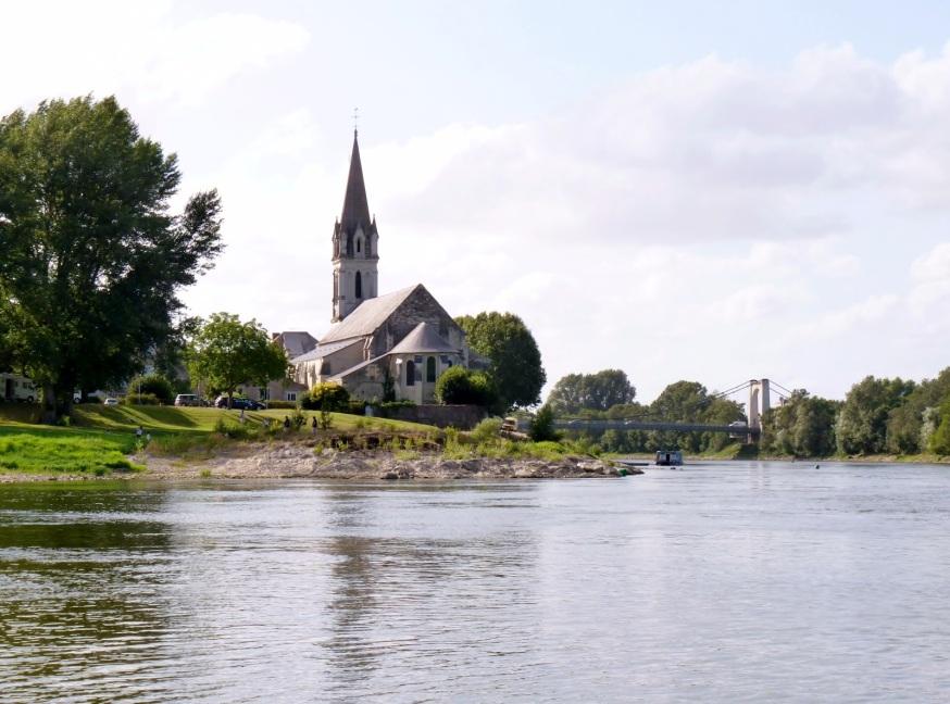 http://3.bp.blogspot.com/-VYduUftYF6A/UCxVyGtZOqI/AAAAAAAAJgw/rO3pvjZvr0o/s1600/Chalonnes+sur+Loire++(9).jpg